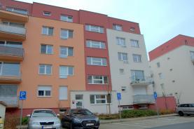 Pronájem, byt 1+kk, 30 m2, Praha 9