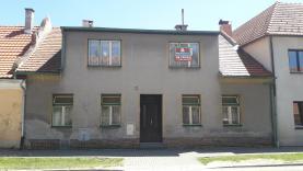 Prodej, rodinný dům 5+1, 453 m2, Netolice, Gregorova ul.