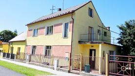 Prodej, rodinný dům 6+1, 873 m2, Slavětín