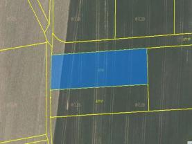 Field, 2840 m2, Opava, Služovice