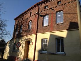 House, Opava, Hlučín