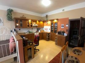 Prodej, rodinný dům, 280 m2, Odry, ul. Masarykovo náměstí