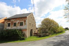 Prodej, rodinný dům 7+1, 1728 m2, Lestkov