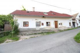 Prodej, rodinný dům, 852 m2, Suchomasty