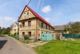 House, Litoměřice, Hoštka