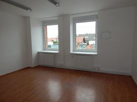Pronájem, kancelářský prostor, 37 m2, Zlín - Malenovice