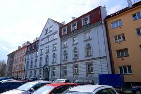 Prodej, byt 1+1, 44 m2, Cheb, ul. Na Hradčanech