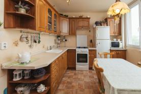 Prodej, byt 2+1, 63 m2, Kolín, ul. Roháčova