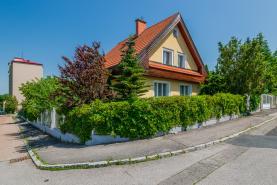 Prodej, rodinný dům, 923 m2, Praha 4 - Komořany