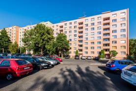 Pohled na dům (Prodej, byt 3+1, 63 m2, OV, Ústí nad Labem, ul. Opletalova), foto 3/22
