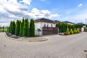 Prodej, rodinný dům, 147 m², Veleň, ul. Polní