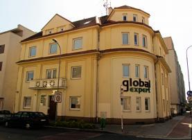Pronájem, kancelářské prostory, 855 m2, Pardubice