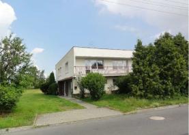 House, Opava, Holasovice
