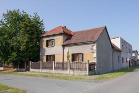 Prodej, rodinný dům, 748 m2, Všechlapy