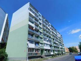 Pronájem, byt 2+1, 55 m2, Chomutov, ul. Stavbařská