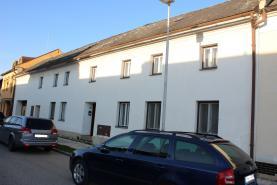 Prodej, rodinný dům, 9 + 1, 1494 m2, Slatinice na Hané