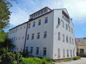 Pronájem, byt 1+1, 70 m², Jindřichův Hradec, ul. Otín