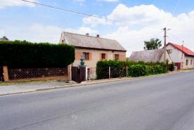 House, Plzeň-sever, Ledce