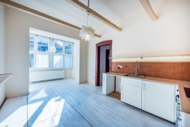 Kuchyně (Prodej, byt 3+1, 104 m², Děčín, ul. Máchovo náměstí), foto 3/25