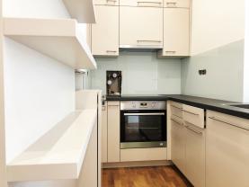 Flat 2+kk for rent, 50 m2, Praha 4, Praha, Vodárenská