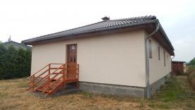 House, Olomouc, Pňovice