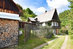 Cottage, Šumperk, Štíty