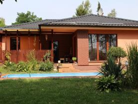 House, Karviná, Petřvald