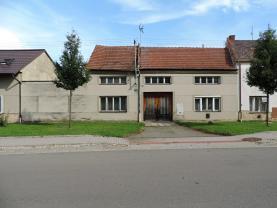 Prodej, rodinný dům, 1899 m2, Bedihošť
