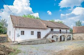 Prodej, rodinný dům, 4127 m2, Sedlčany - Třebnice