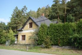 Prodej, rodinný dům, 886 m², Bělá pod Bezdězem