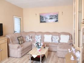 obývací pokoj (Flat 3+1, 80 m2, Louny, Postoloprty, Třebízského náměstí)