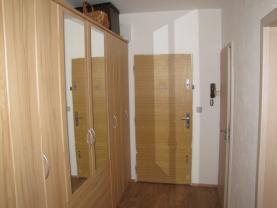 Předsíň (Flat 3+1 for rent, 73 m2, Louny, Smetanova)