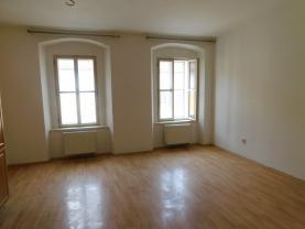 pokoj (Flat 1+1 for rent, 42 m2, Kolín, Kutnohorská)