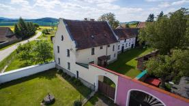 Prodej, zemědělská usedlost 5+1, 3061 m2, Čepřovice