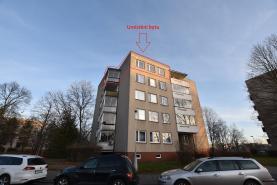Pronájem, byt 3+1, Hradec Králové, ul. Čajkovského