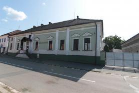 Prodej, nájemní dům, 2036 m2, Hradec Králové