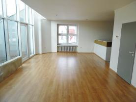 Flat 3+kk for rent, 103 m2, Jindřichův Hradec, Nádražní