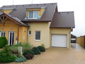 Prodej, rodinný dům 4+kk, 402 m2, Šanov