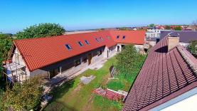 Prodej, rodinný dům o 3 byt. jednotkách, 965 m2, Doubek