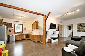 Prodej, rodinný dům, 5kk, 280 m², Lipoltov
