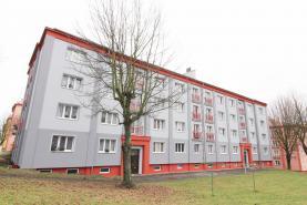 Prodej, byt 3+1, 69 m2, OV, Ostrov, ul. S. K. Neumanna