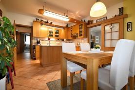 Prodej, rodinný dům 6+2, 470 m², Velká Hleďsebe