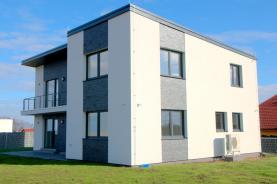 Prodej, rodinný dům, 242 m², Předboj