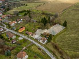 Prodej, pozemek k bydlení, 1090 m², Lužany