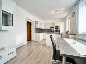 Prodej bytu 3+kk, 82 m², Pavlíkov
