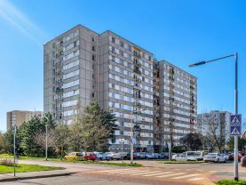 Prodej, byt 3+1, 79 m2, Pardubice - Dubina