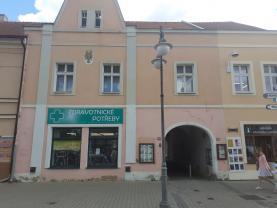 Pronájem bytu 2+1, 70 m², Rakovník, ul. Husovo náměstí