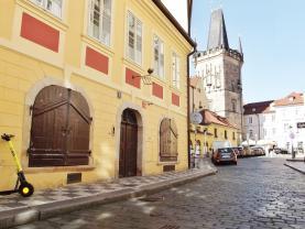 Pronajem, obchodní prostor, 32 m2, Praha-1, Malá Strana.