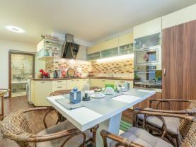 Prodej bytu 3+1, 84 m², Praha 6 - Liboc