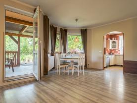 obývací pokoj 1.NP (Prodej, rodinný dům 6+kk, 1070 m², Bystřice - Radošovice), foto 4/28